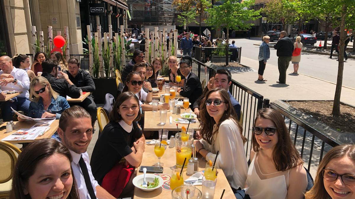 Photo - Montréal Summer Students Event – Welcome Lunch Downtown Montréal