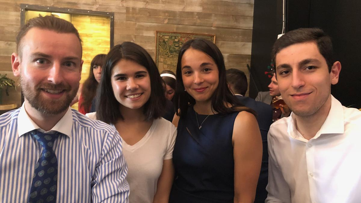 Photo - Montréal Summer Students Event – Friendly Trivia Night Against Other Firms